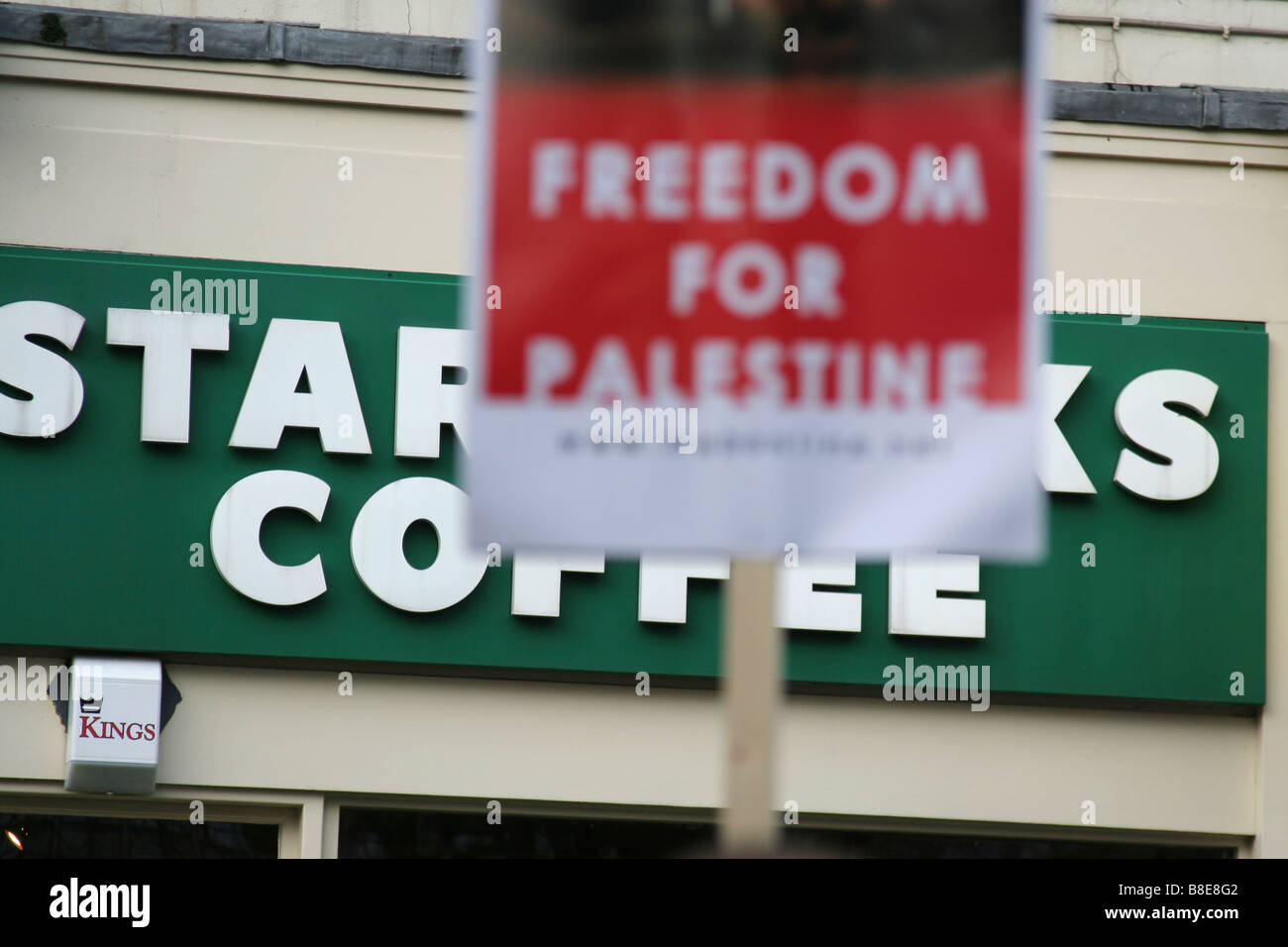 'Freedom for Palestine' banner at Free Gaza protest in Birmingham, England, UK on January 17, 2009 - Stock Image