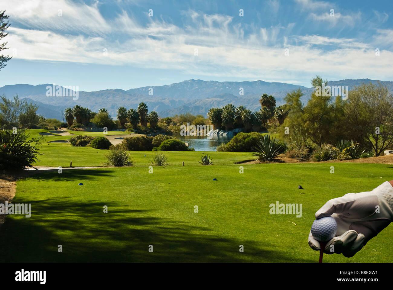 U S golf course, Desert Willow, Golf Resort, Palm Desert, CA near Palm Springs, Green, Flagstick, Fairway, Water - Stock Image