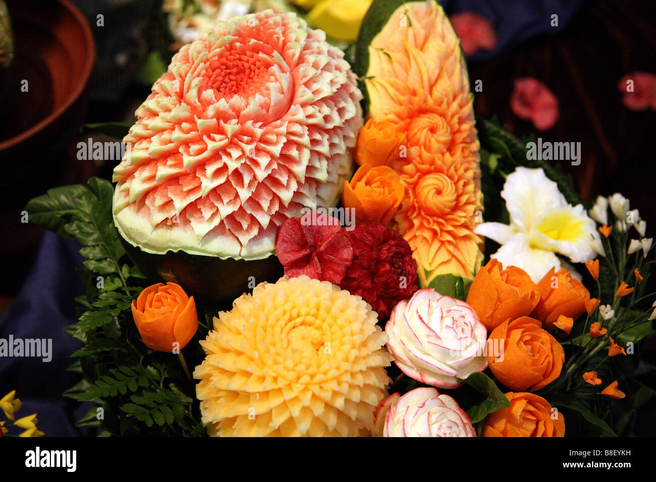 Fruit vegetable carving display containers baskets trays