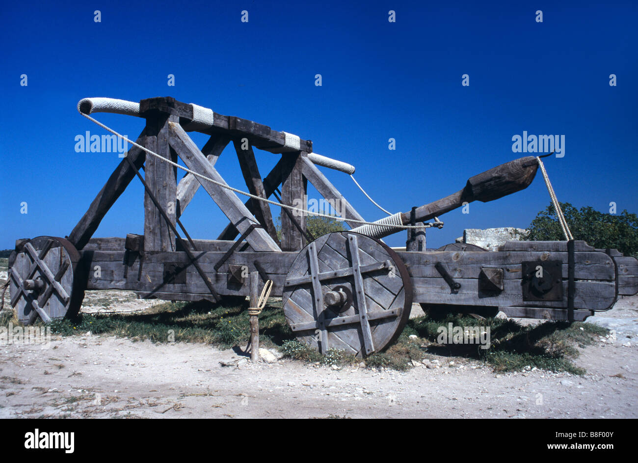 Reconstructed Medieval Sling or Siege Machine, used to Attack Medieval Castles, Les Baux, Provence, France - Stock Image