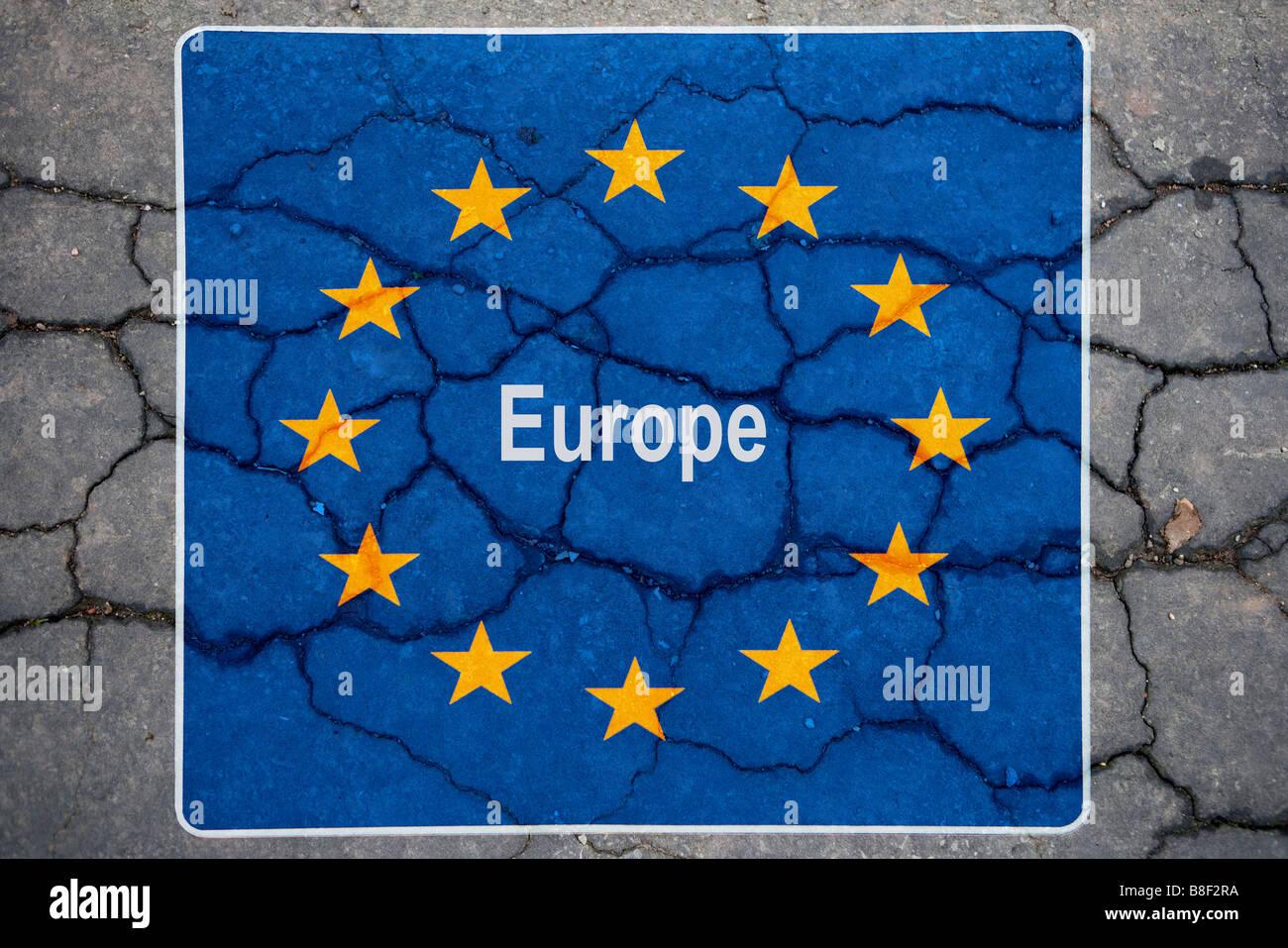 symbolic representation of the credit crisis symbolische Darstellung der Bankenkrise - Stock Image