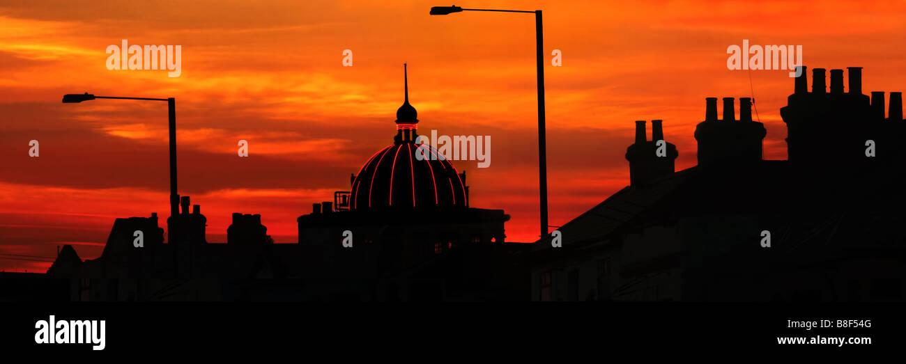Southend Kursaal silhouette - Stock Image