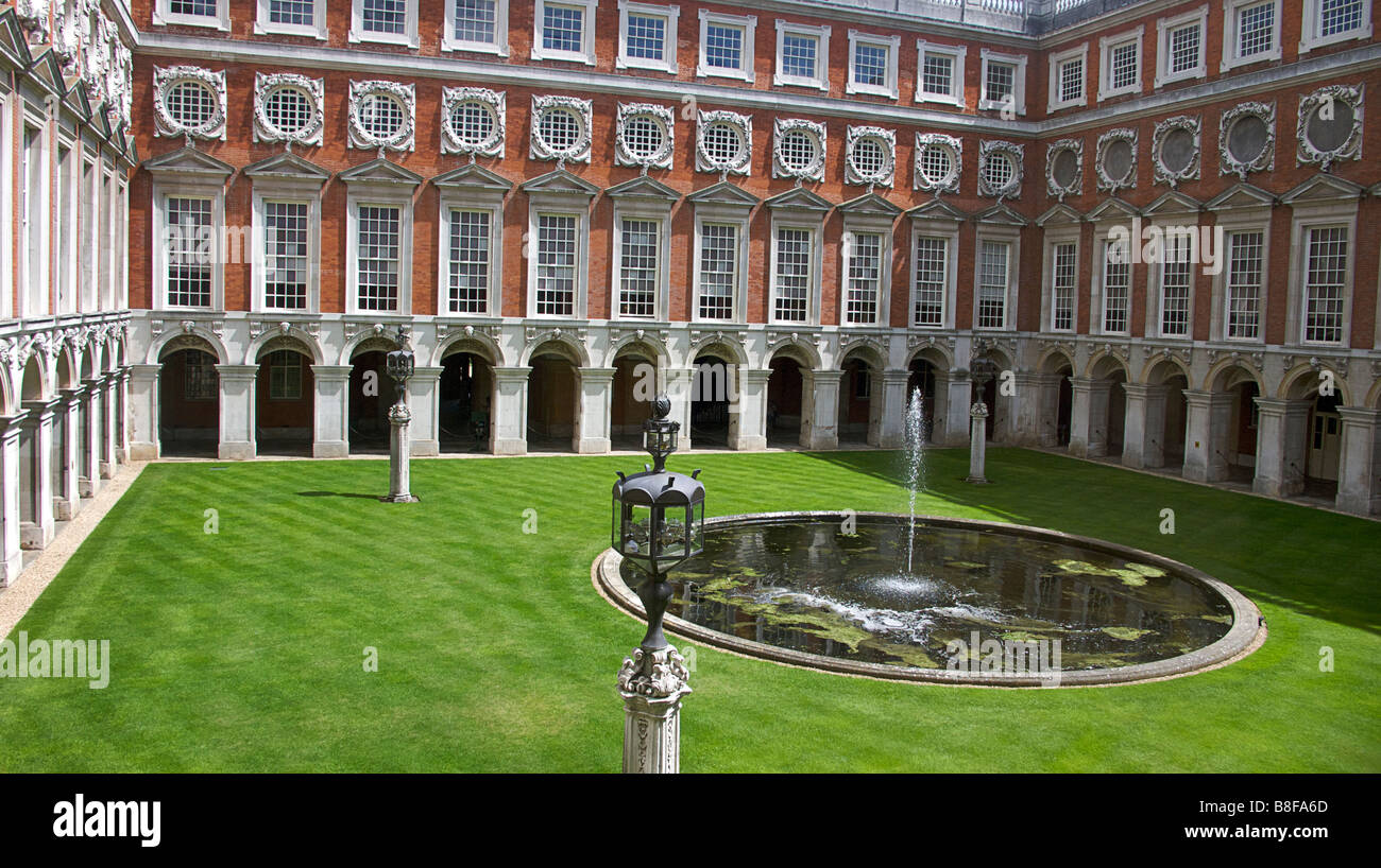 Hampton Court Palace. Inner Courtyard. England.  Image for NON commercial, editorial Use ONLY - Stock Image