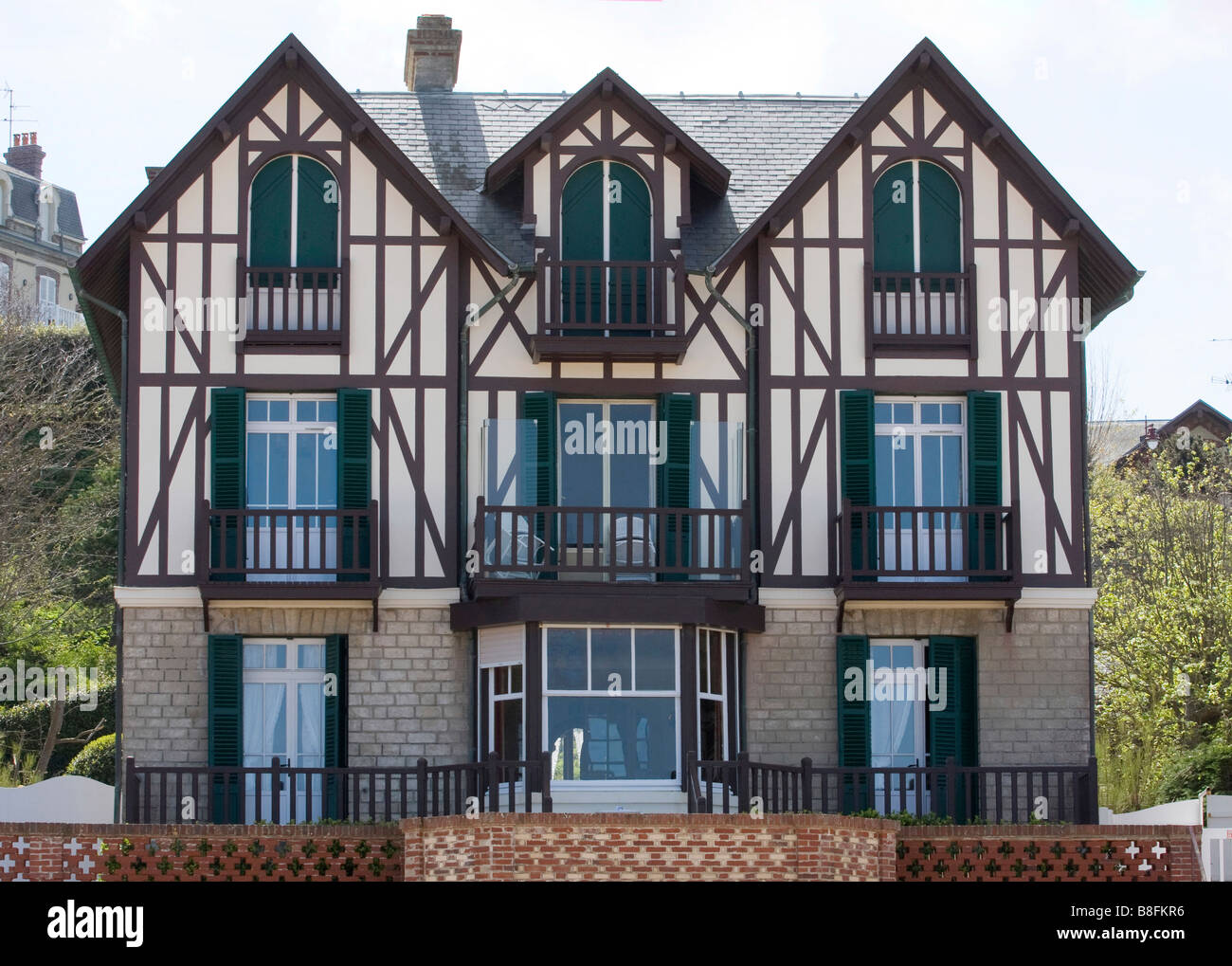 Normandy House High Resolution Stock Photography And Images Alamy