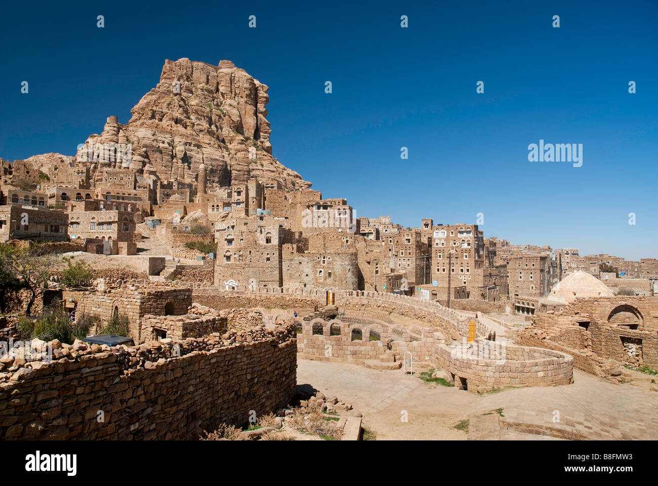 Shibam traditional mountain arab village yemen - Stock Image