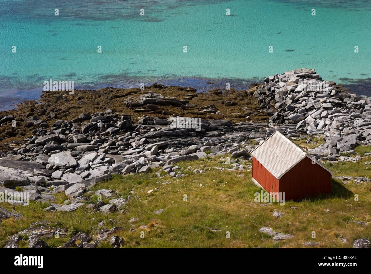 Lonely house halfway from Sørland to Nordland, Værøy, Lofoten, Nordland, Norway, Scandinavia - Stock Image