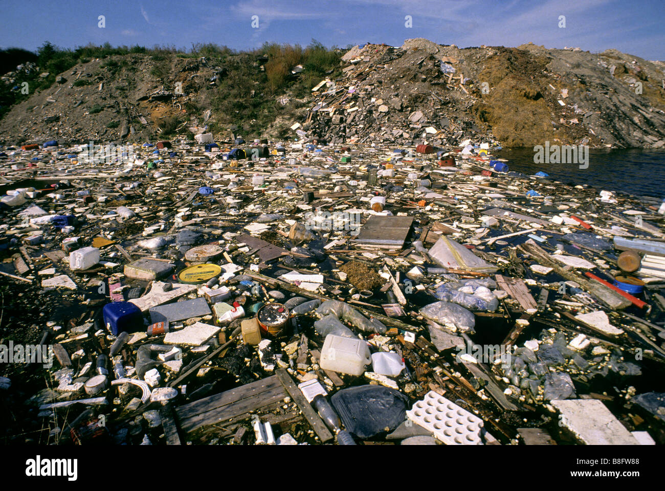 Landfill rubbish dump tip - Stock Image
