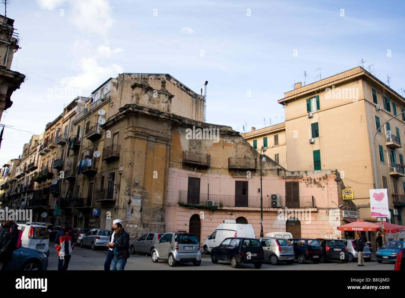 5219e488633e8c Street Scene In Palermo Sicily Stock Photos   Street Scene In ...