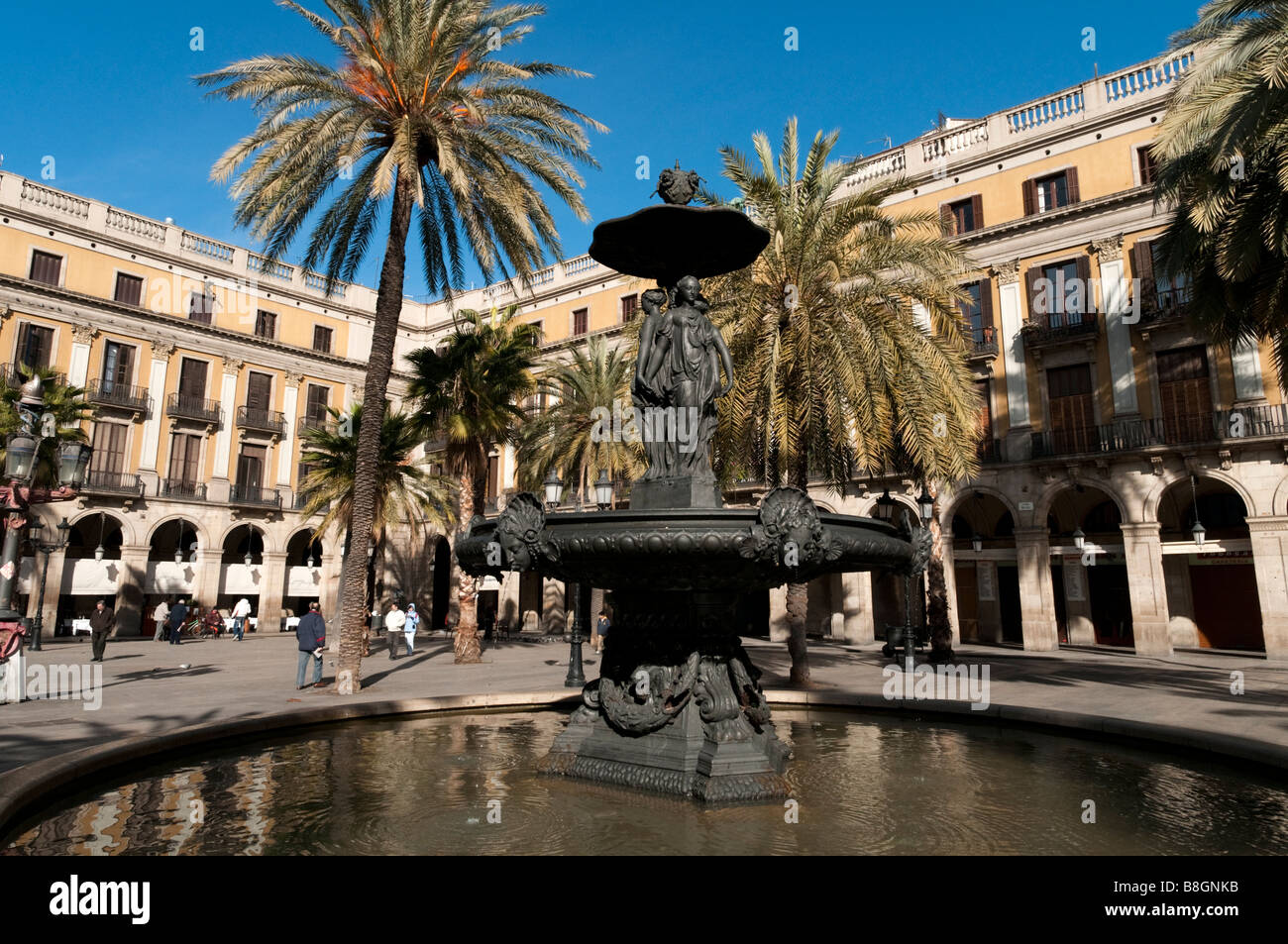 Fountain in the Placa Reial, Barcelona, Spain - Stock Image