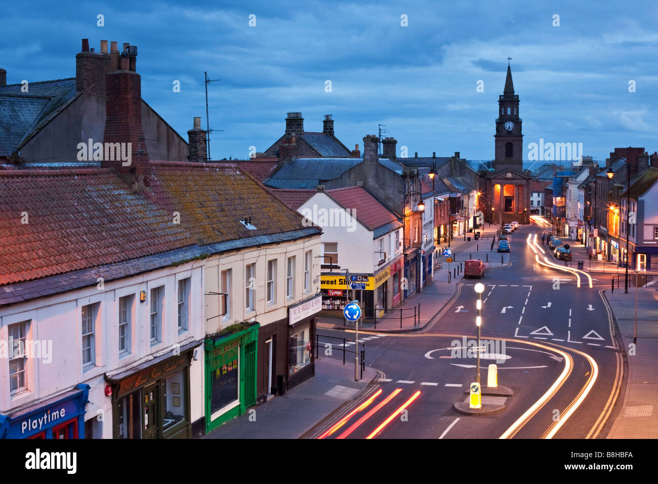 Berwick-upon-Tweed looking down Marygate from the Elizabethan city walls that still encircle the town, Northumberland, - Stock Image
