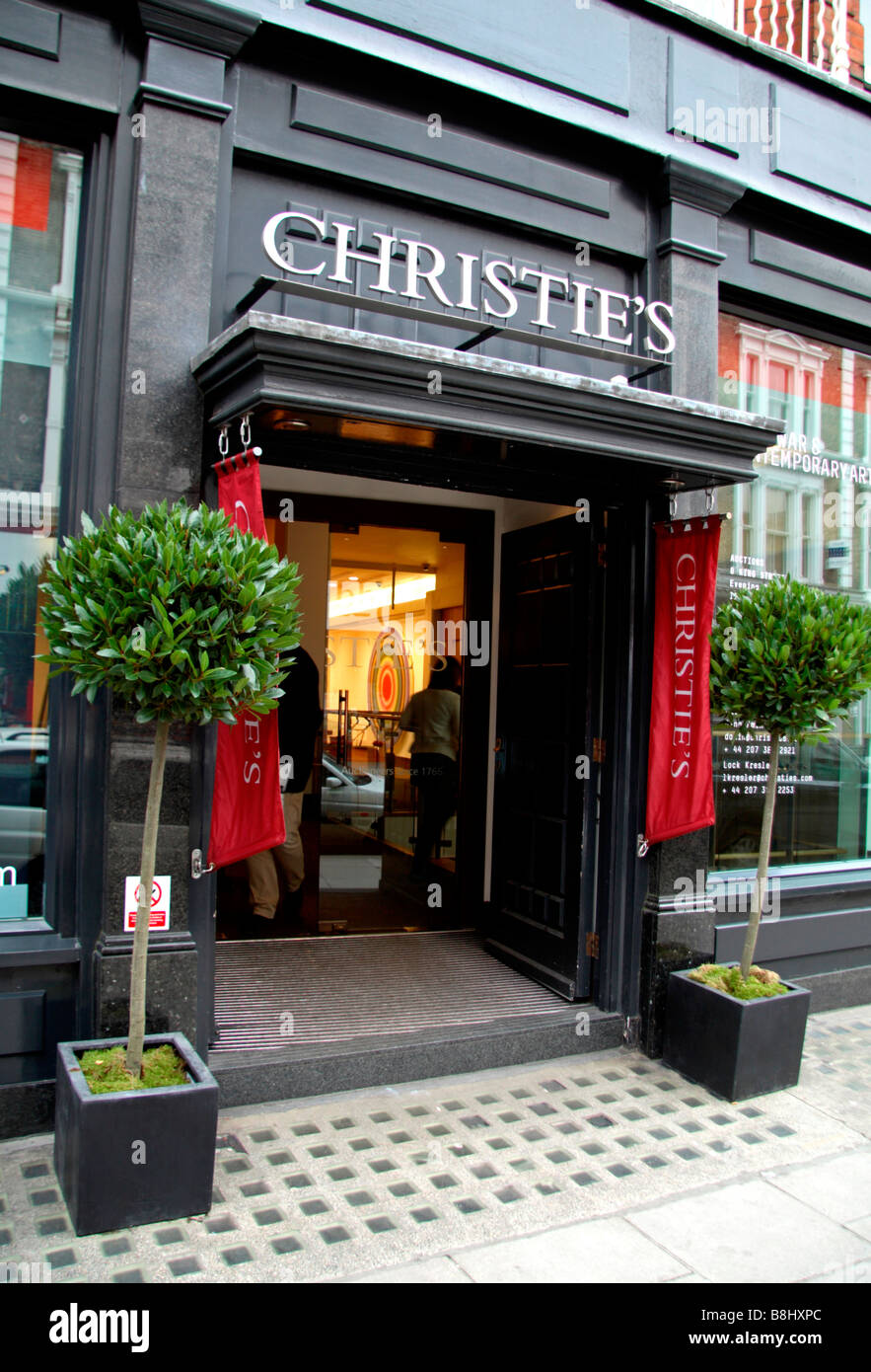 Entrance to the Christie's Auction House on Old Brompton Raod, London. Feb 2009 - Stock Image