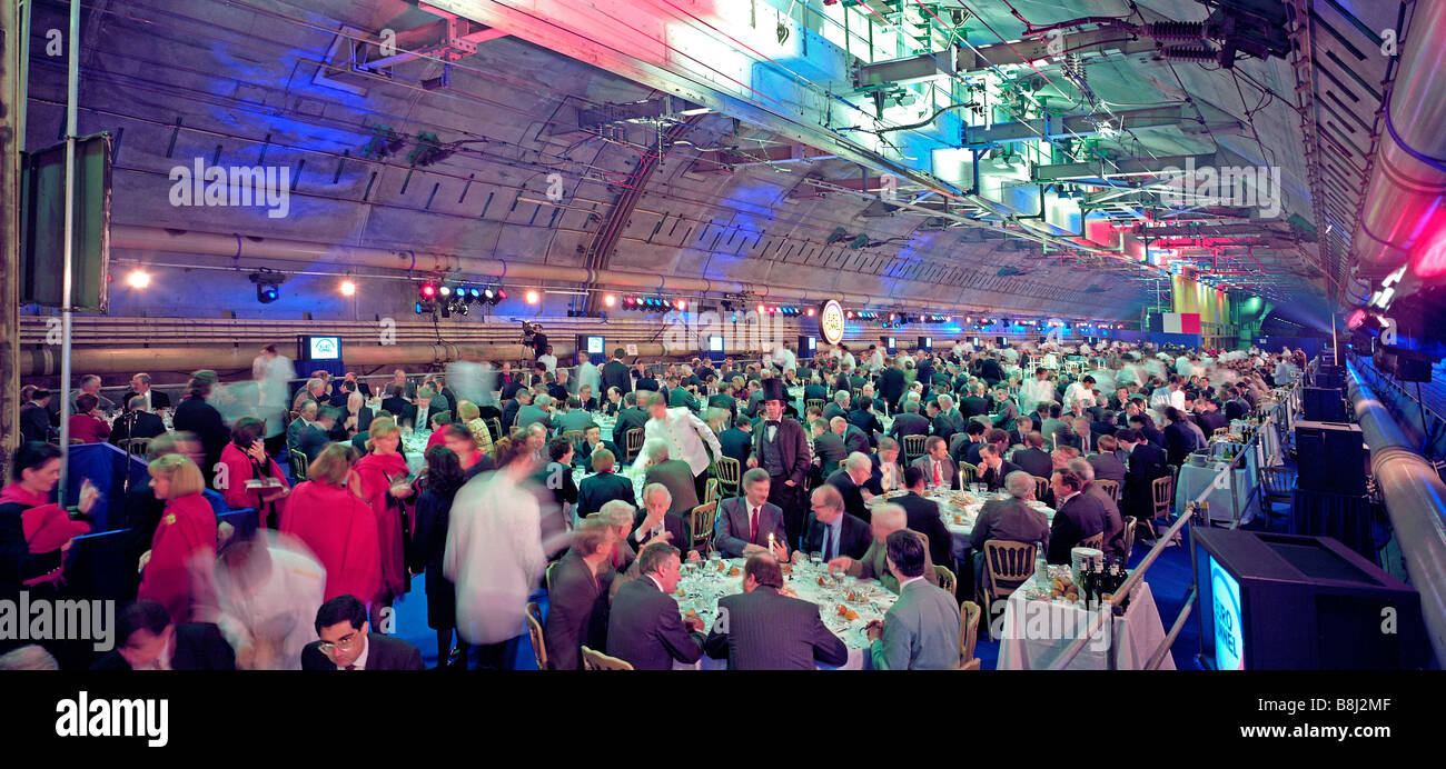 800 guests celebrate the completion of the Channel Tunnel in an undersea Crossover mid-way between England and France - Stock Image