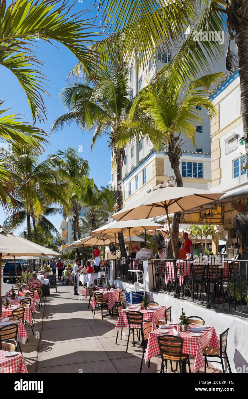 Restaurant on Ocean Drive in the Art Deco district, South Beach, Miami Beach, Gold Coast, Florida, USA - Stock Image