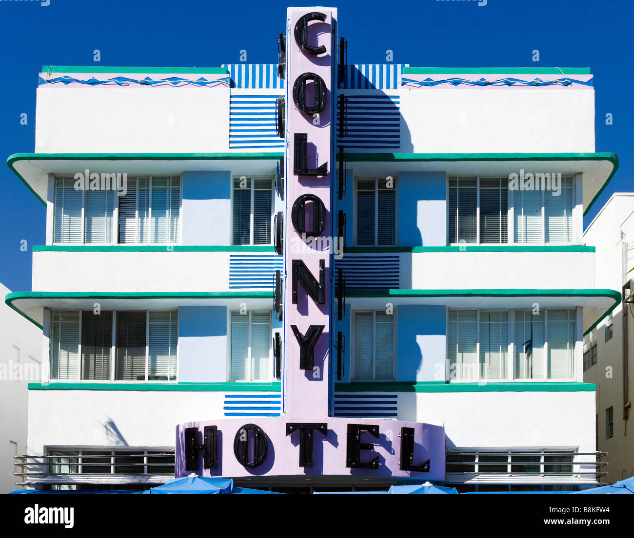 The facade of the art deco Colony Hotel on Ocean Drive, South Beach, Miami Beach, Gold Coast, Florida, USA - Stock Image