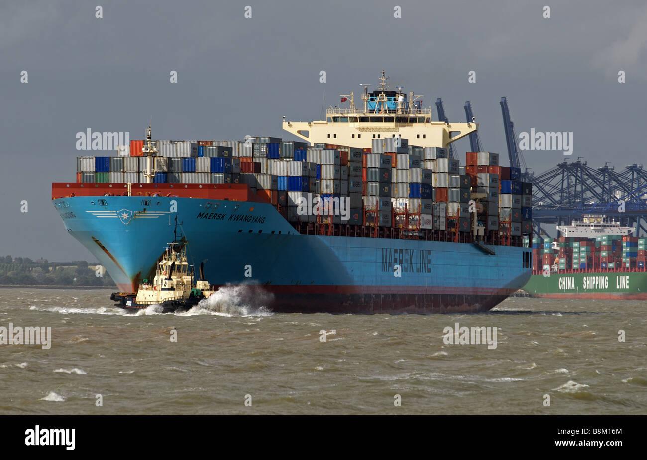Container ship 'Maersk Kwangyang' Felixstowe, Suffolk, UK. - Stock Image