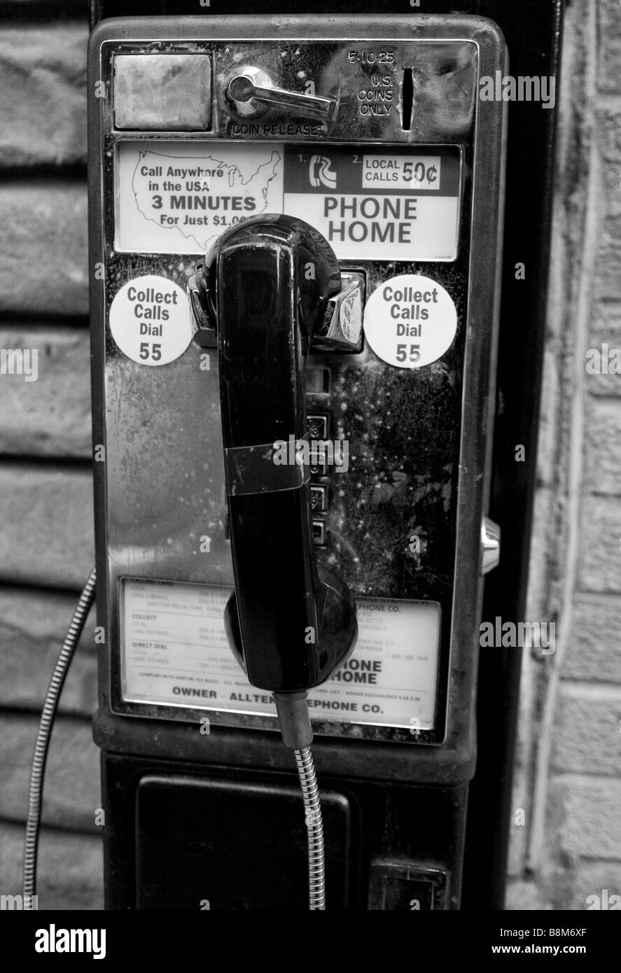Pay Phone Black And White Stock Photos Images Alamy 3 Slot Payphone Wiring Diagram Old In The North End Of Boston Ma Usa Image