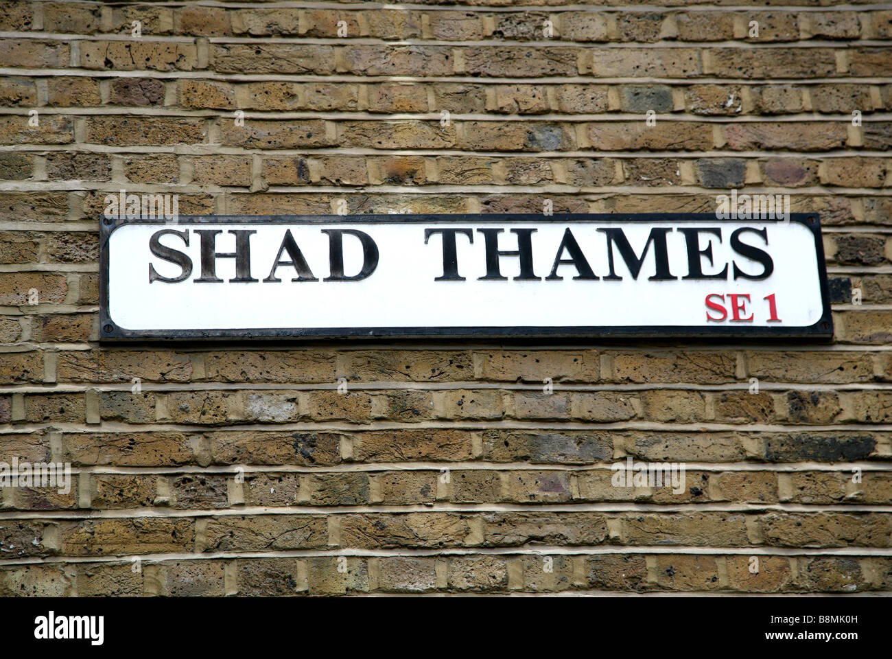 Shad Thames street sign, London - Stock Image