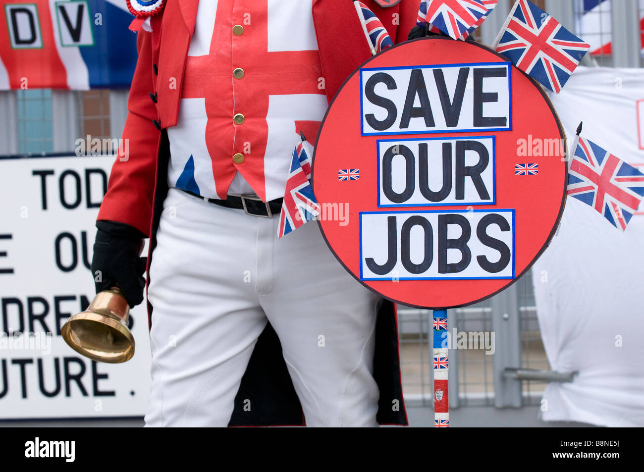 John Bull demonstrates to save British jobs outside the gates of the LDV van factory in Birmingham, West Midlands, - Stock Image