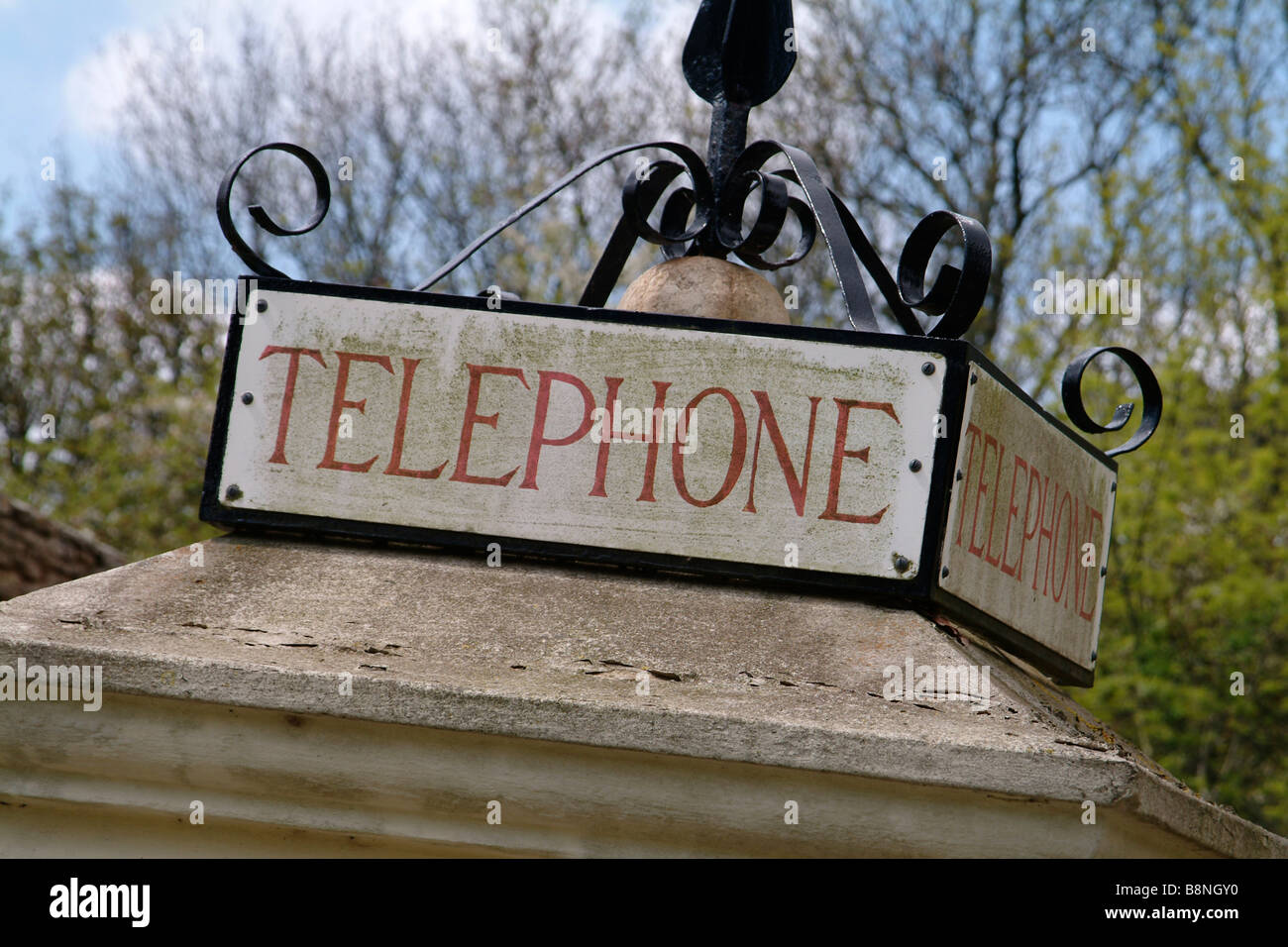 Roof detail of a late 1920's K1 telephone kiosk - the first English phone box. - Stock Image