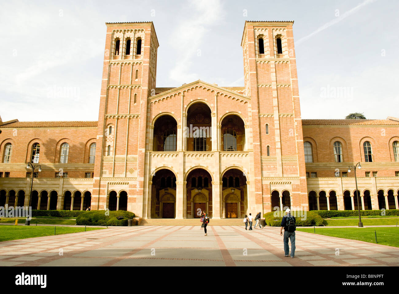 Royce Hall, UCLA on a bright sunny day - Stock Image