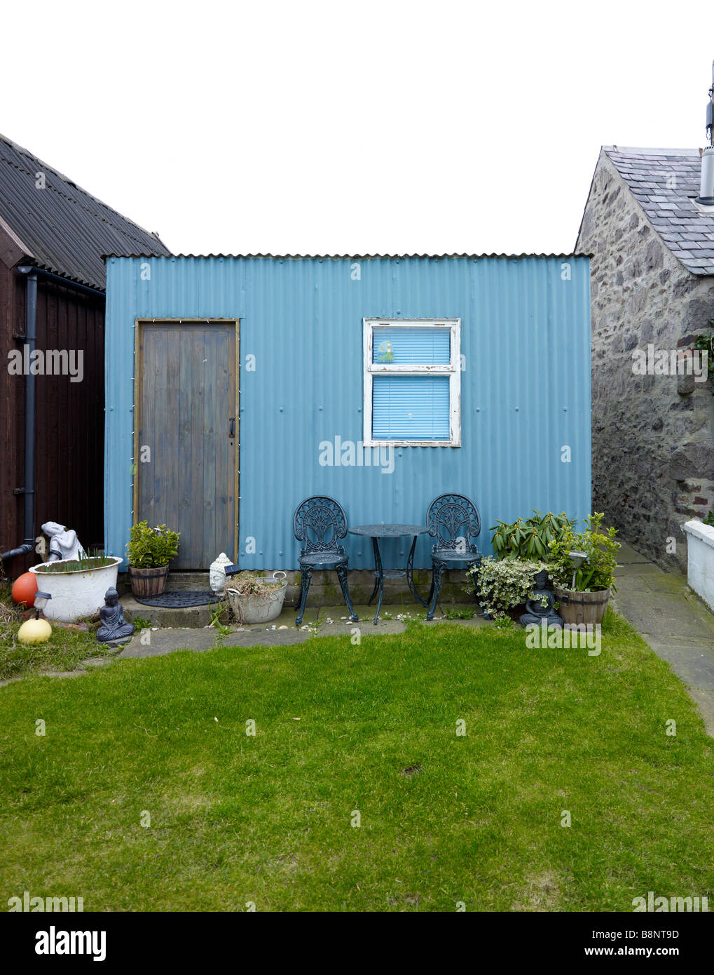A small shed in the village of Foodee, Aberdeen, Scotland - Stock Image