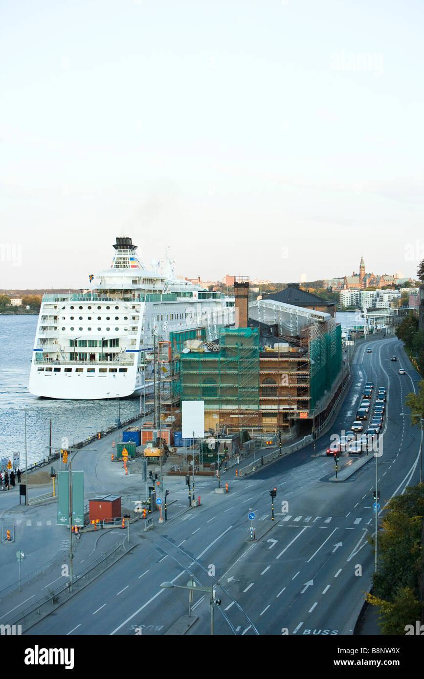 Sweden, Stockholm. construction site along harbor - Stock Image