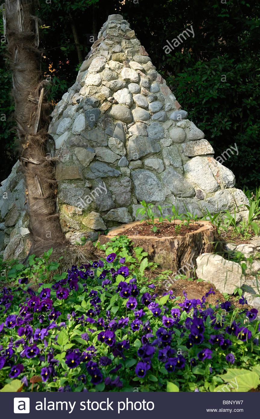 Botanischer Garten Italien Gardasee: Hruska Heller Stock Photos & Hruska Heller Stock Images
