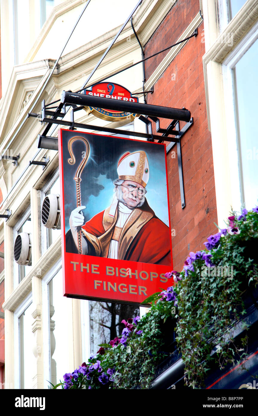 A sign above the amusingly named Bishops Finger public House, London. Feb 2009 - Stock Image