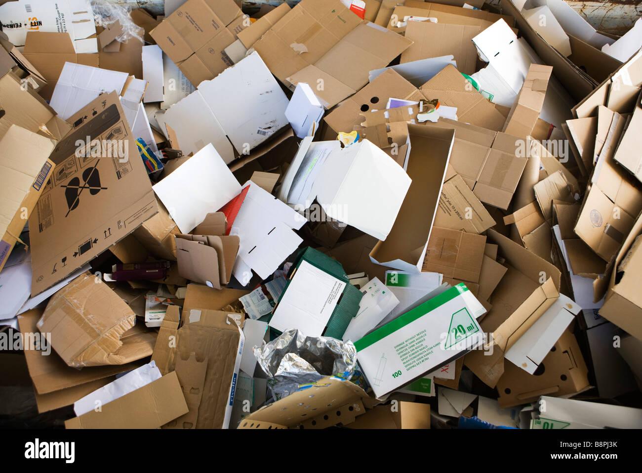 Heap of flattened cardboard, full frame - Stock Image