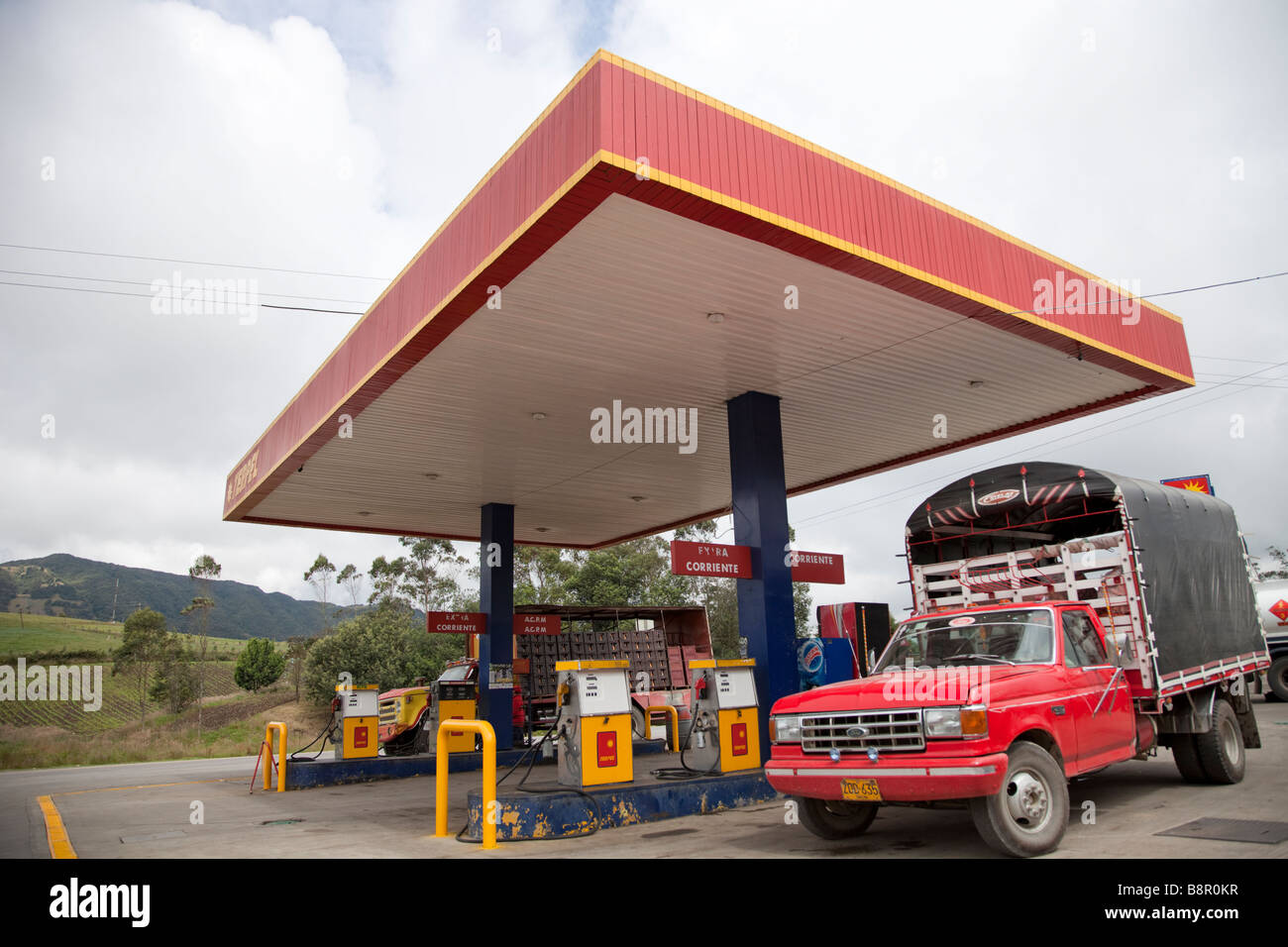 Near Gas Station >> Terpel Gas Station Near Bogota Colombia With Red Pick Up Truck