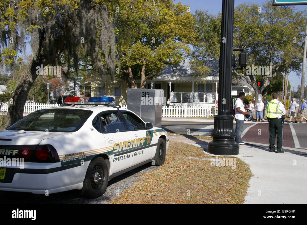 Deputy Sheriff Stock Photos & Deputy Sheriff Stock Images - Alamy