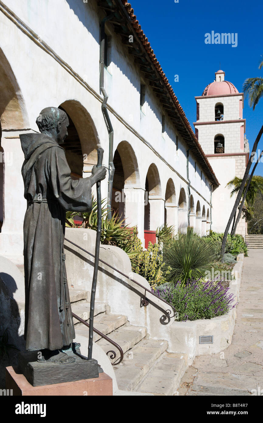 Statue and facade of the Santa Barbara Mission, Santa Barbara, California, USA - Stock Image
