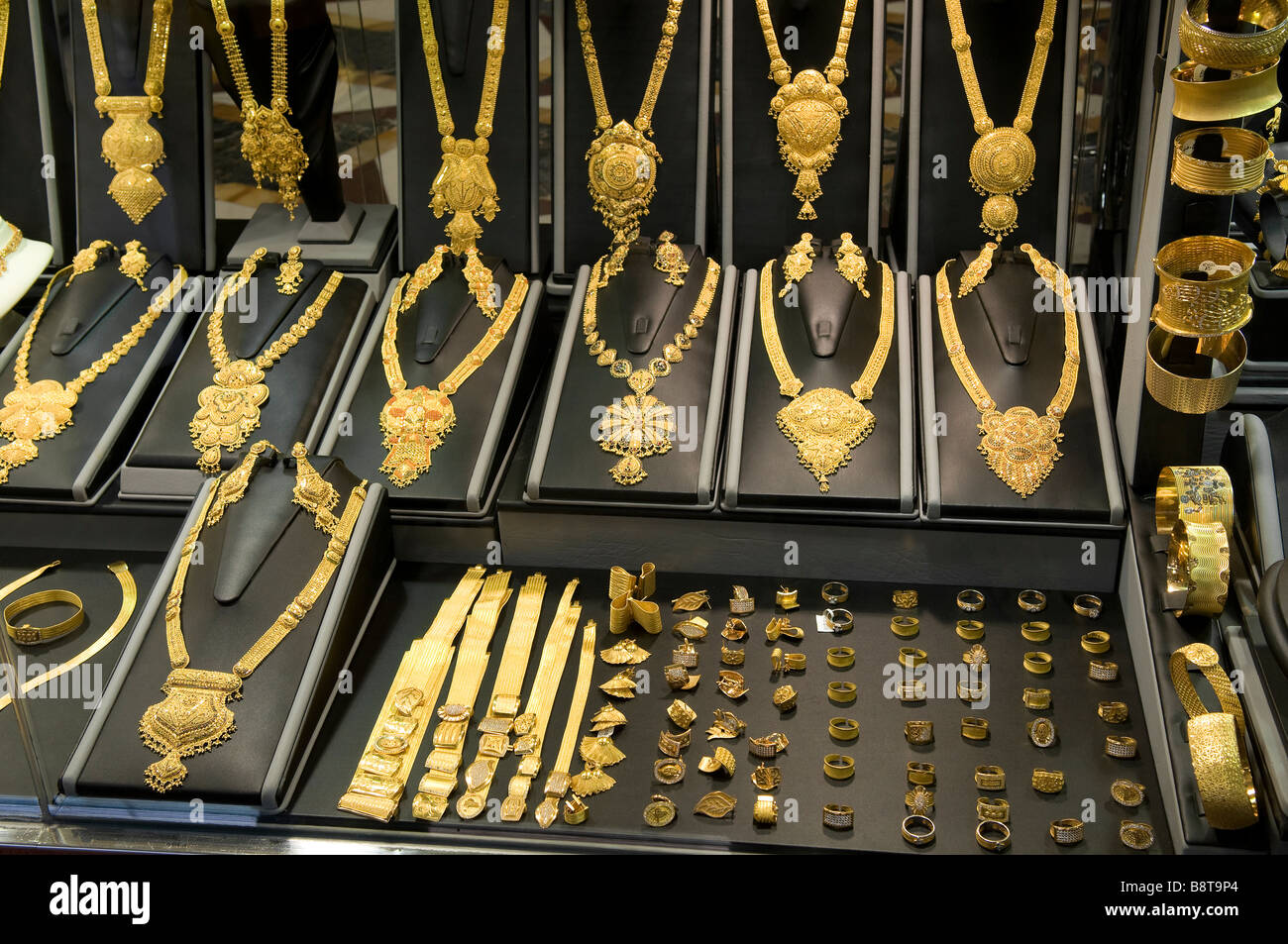 Necklace Display In Gold Souk Shop Window Dubai Uae