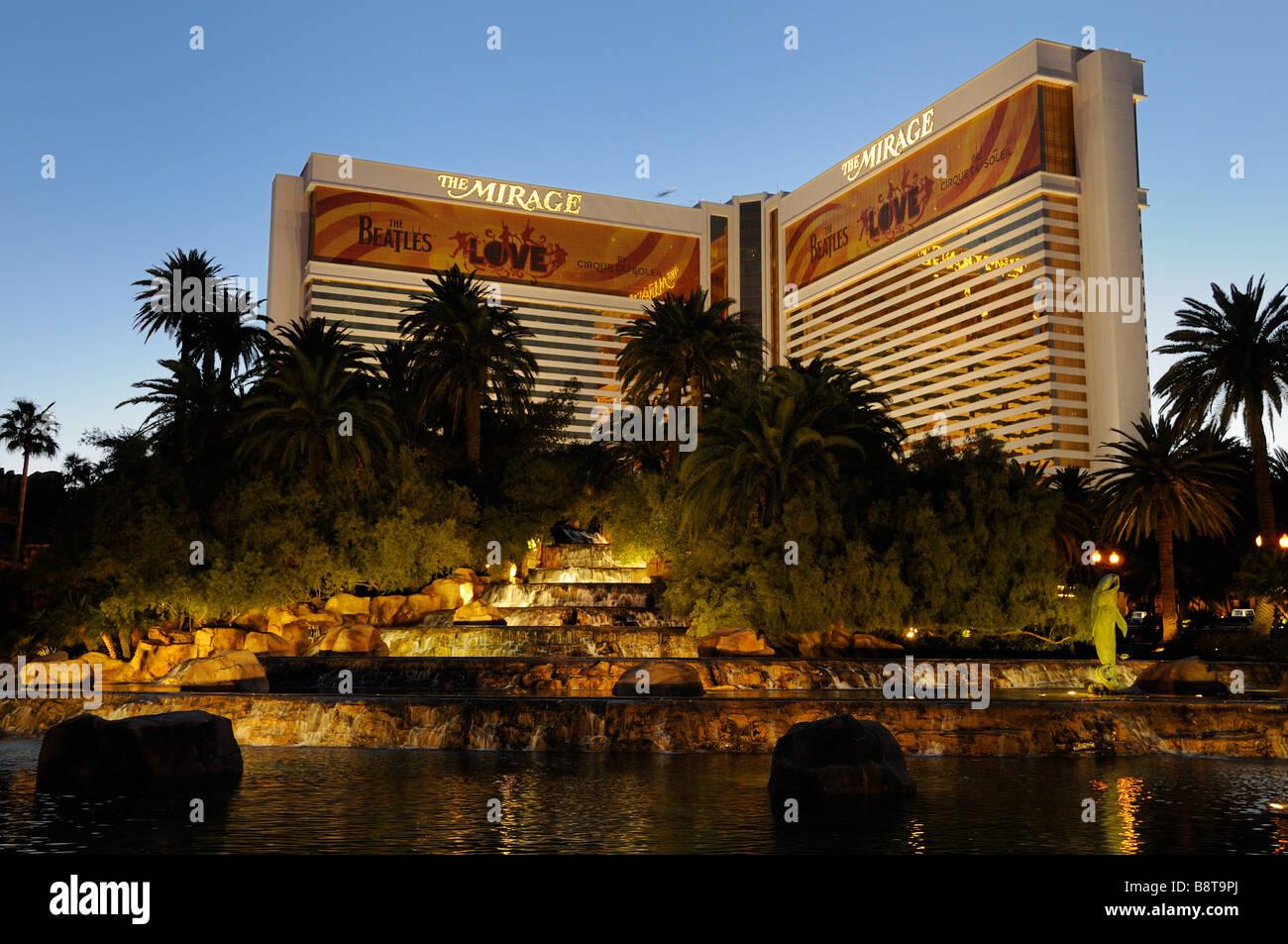 Dolphin Mirage Hotel Las Vegas Stock Photos & Dolphin Mirage Hotel ...