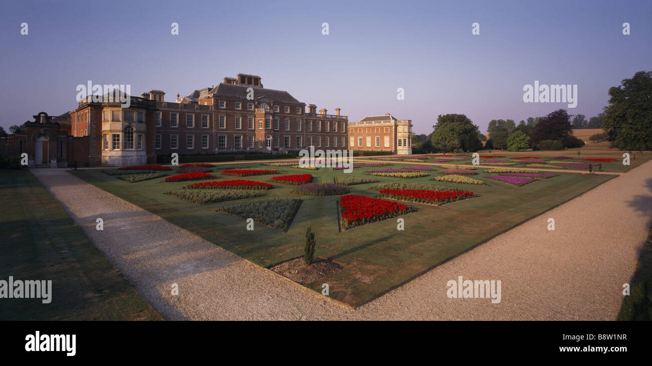 Formal Parterre Gardens In Early Stock Photos & Formal Parterre ...