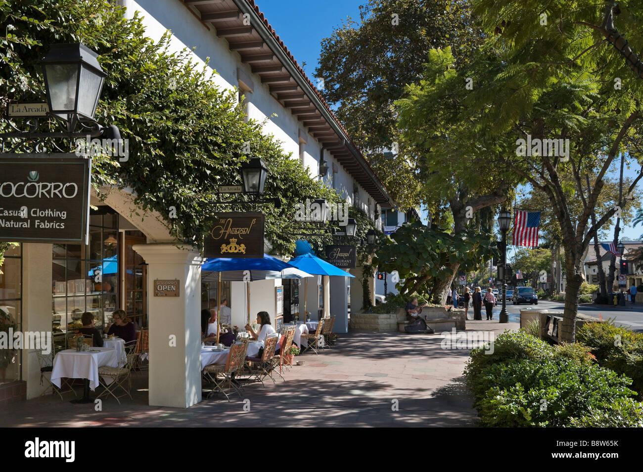 Shops And Restaurants On State Street The Main Street Santa Stock