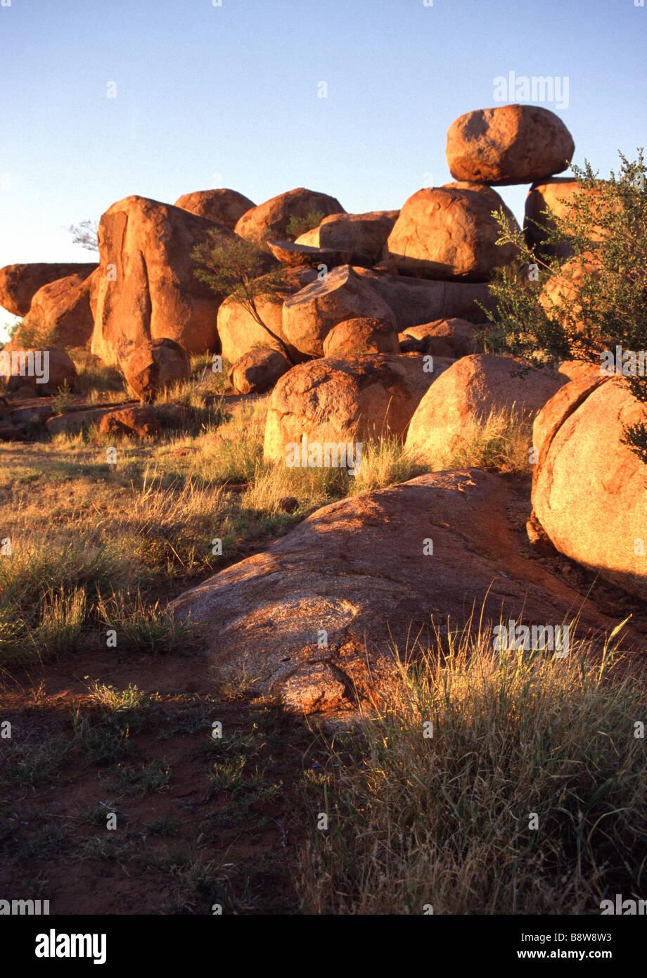 Devils Marbles Granite rocks - Stock Image