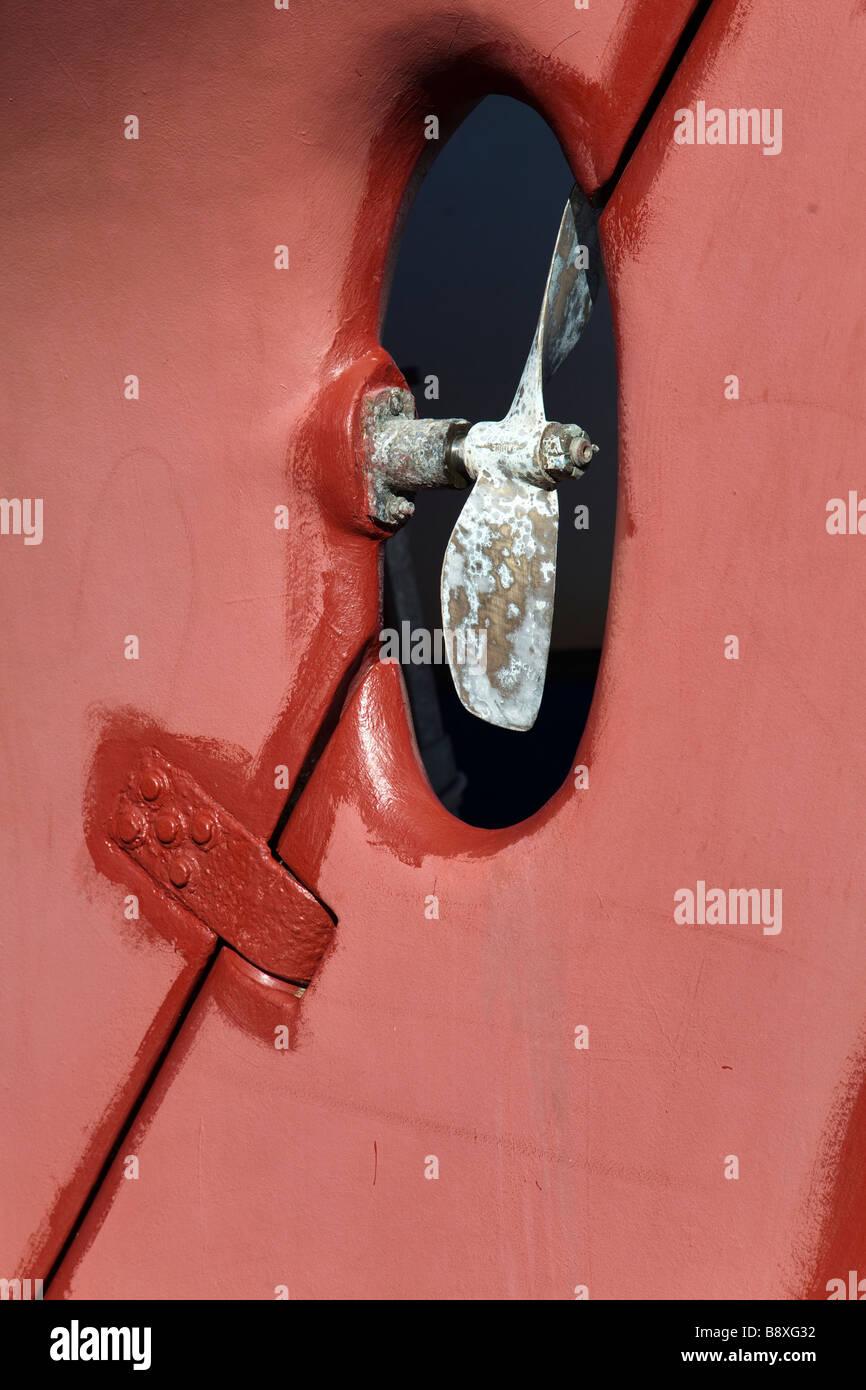Brass 2 bladed boat propeller - Stock Image