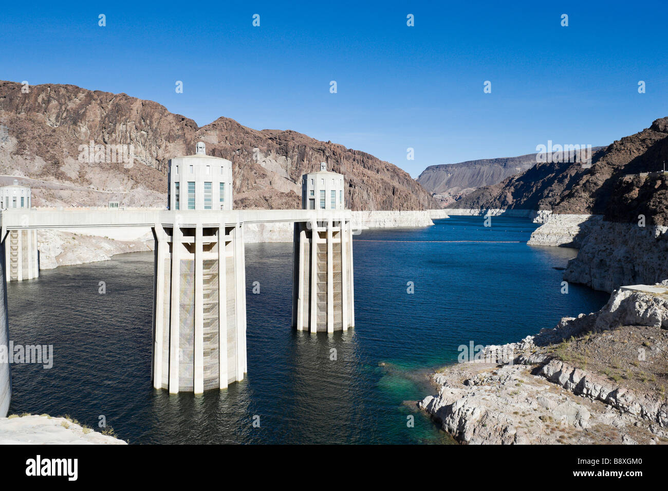 Lake Mead at the Hoover Dam showing the unprecedented low water levels, Arizona/Nevada, USA Stock Photo