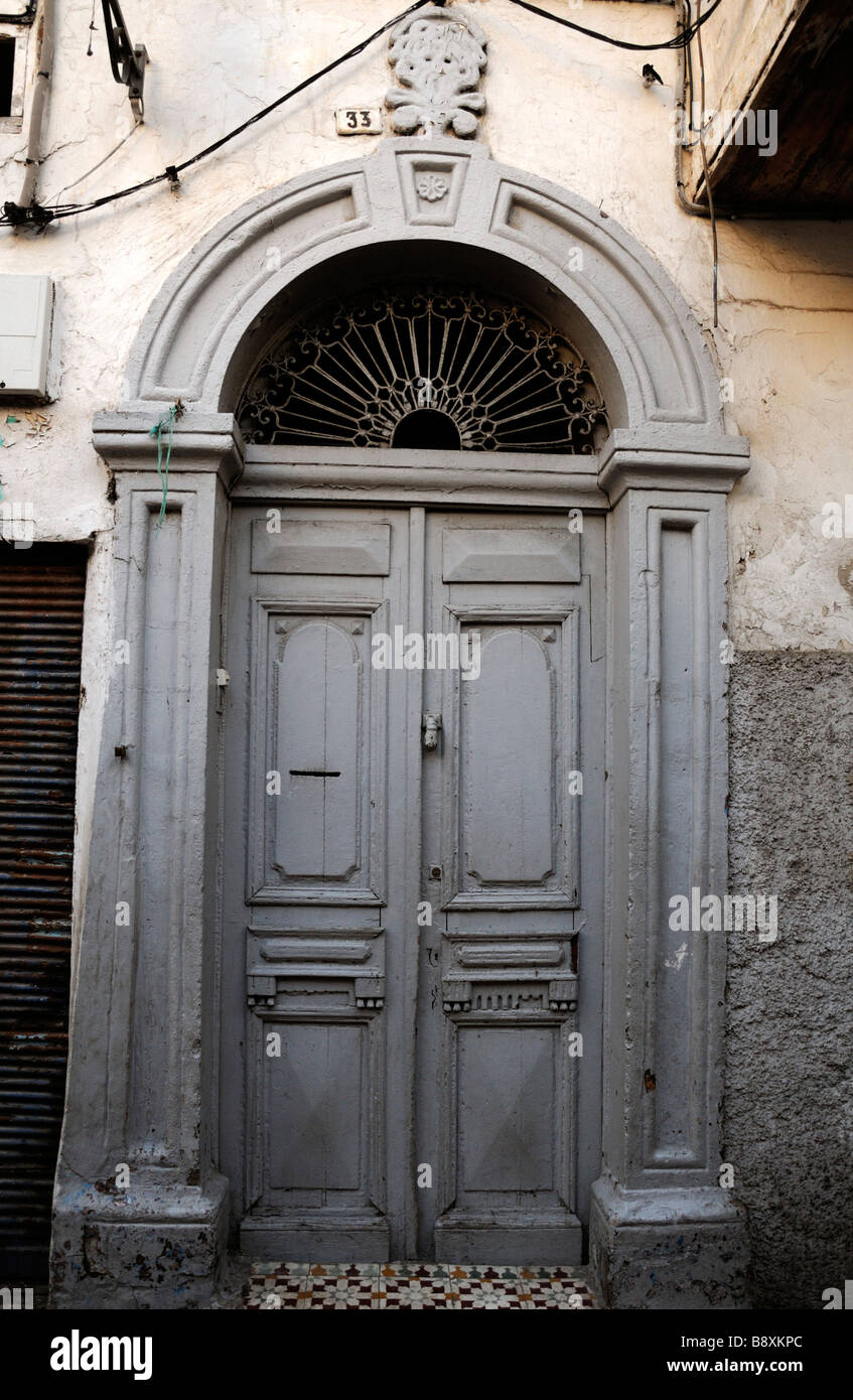 ornate door entrance way doorway arch arched archway in the old medina market place casablance morocco & ornate door entrance way doorway arch arched archway in the old ...
