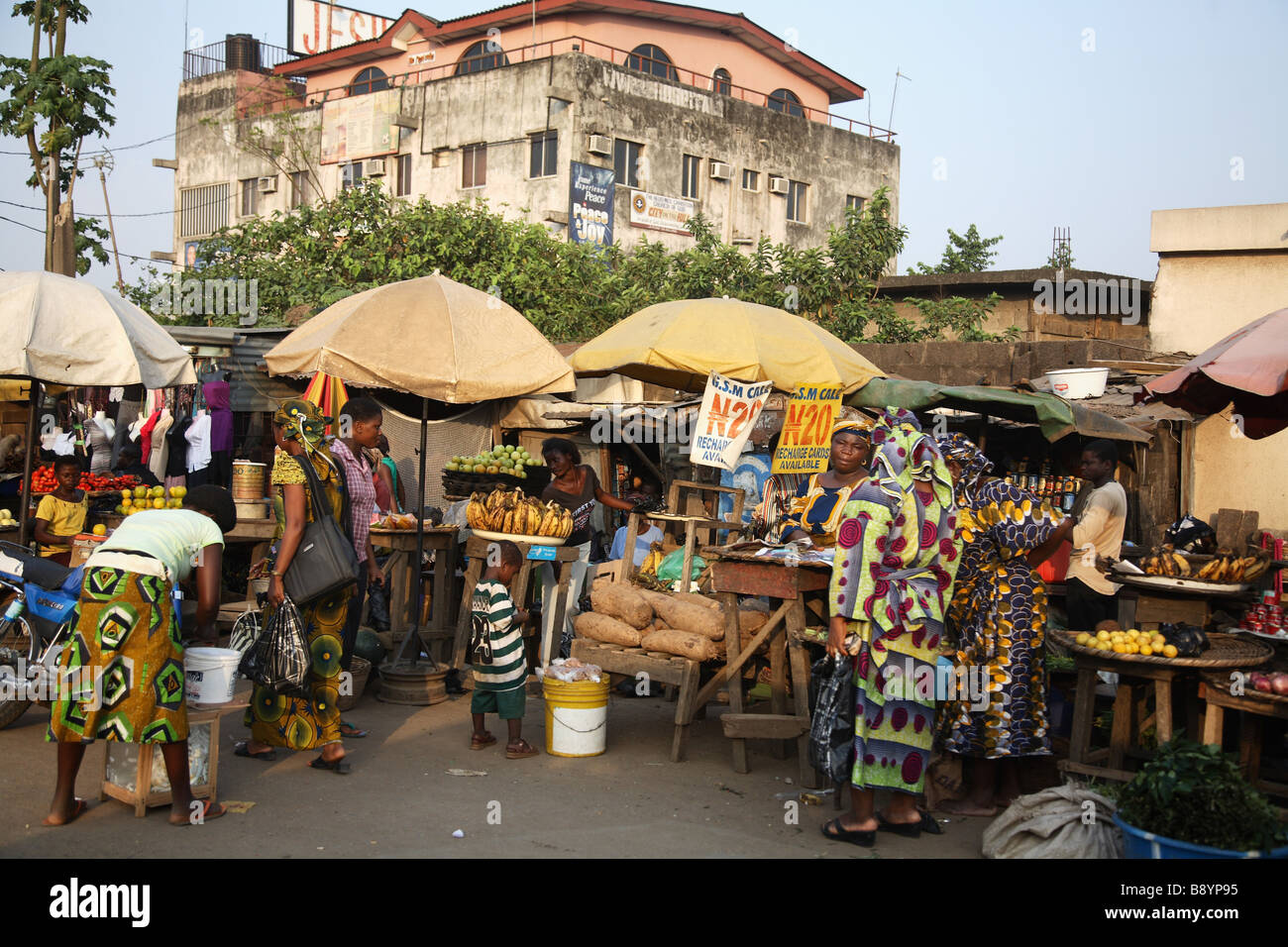 Street market in Lagos, Nigeria. - Stock Image