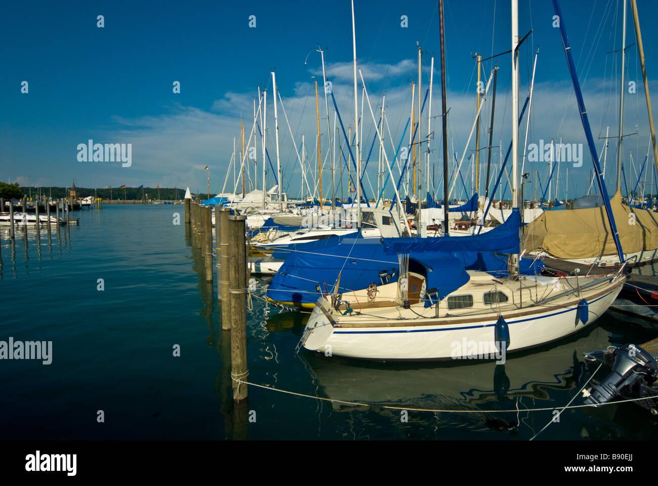 Sailboats in harbor, marina Konstanz, Lake Constance, Baden Wurttemberg Germany, | Segelboote im Yachthafen Konstanz, - Stock Image