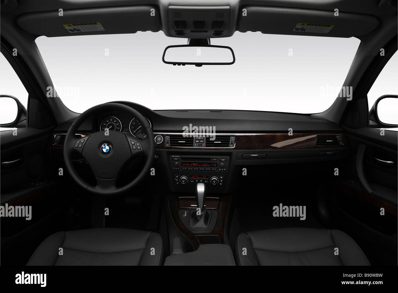 2009 Bmw 3 Series 328i In Gray Dashboard Center Console Gear Stock Photo Alamy