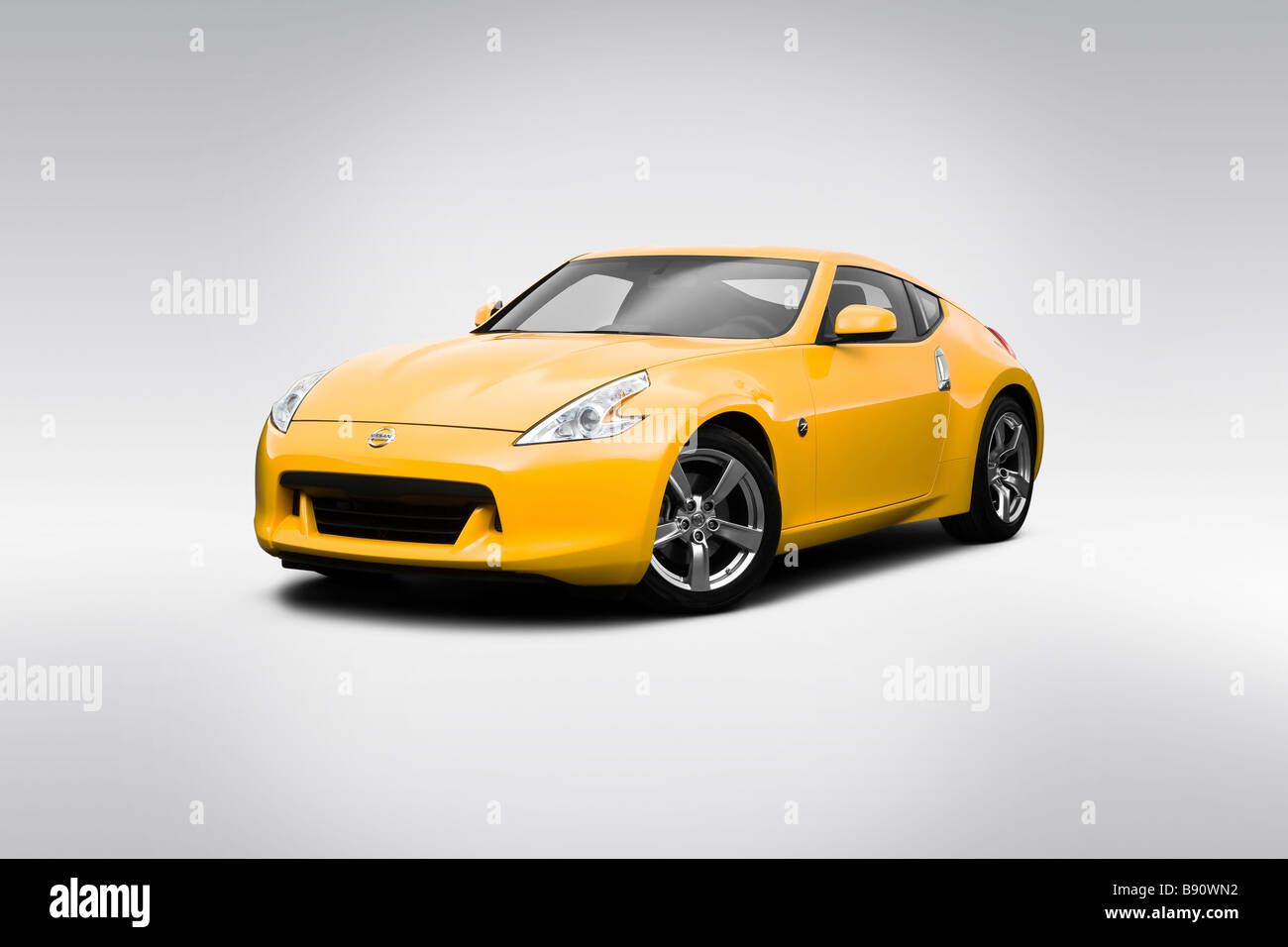 2009 nissan 370z in yellow front angle view stock photo alamy https www alamy com stock photo 2009 nissan 370z in yellow front angle view 22762462 html