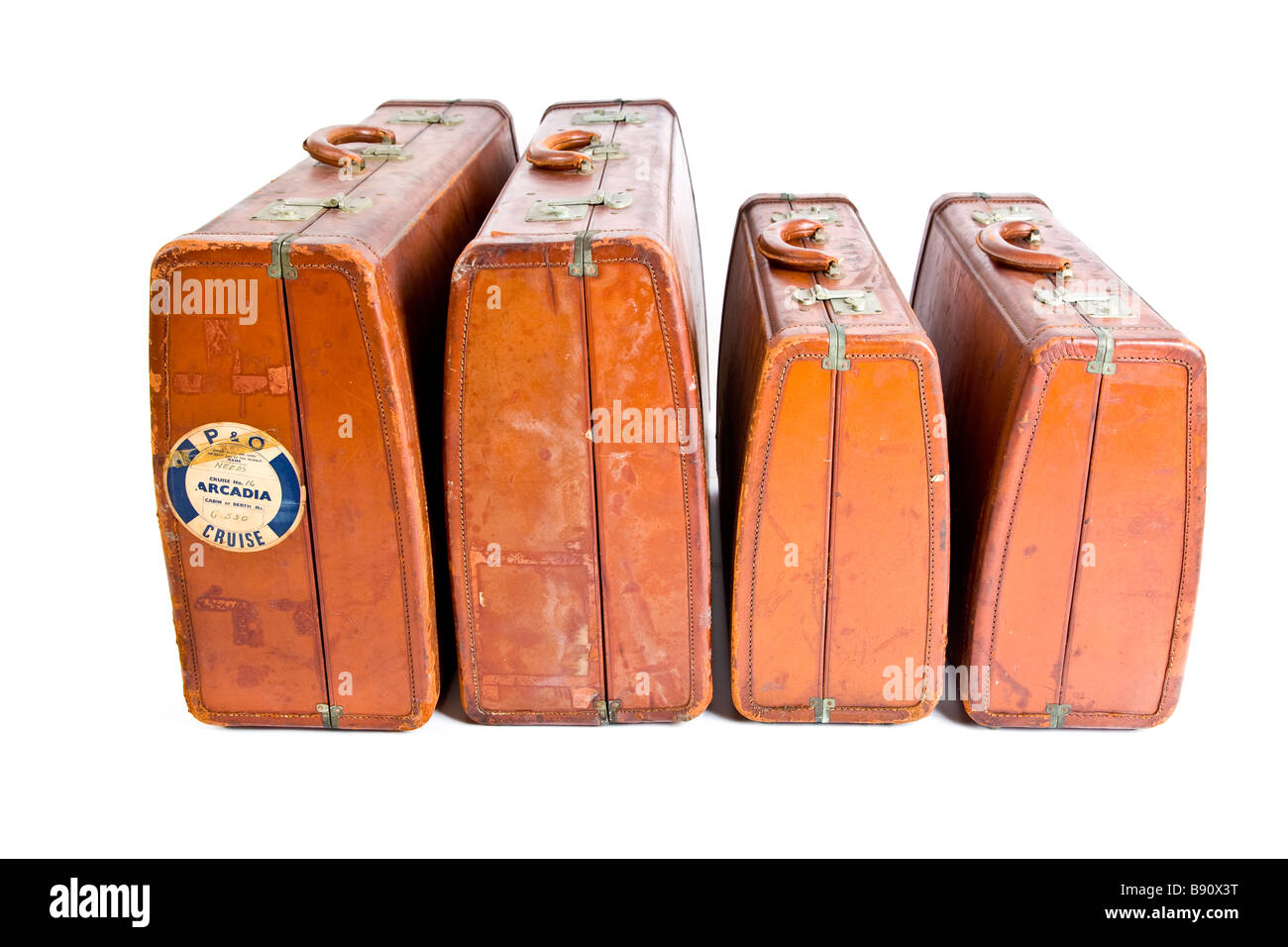 Old fashioned leather suitcases with Arcadia P&O sticker - Stock Image
