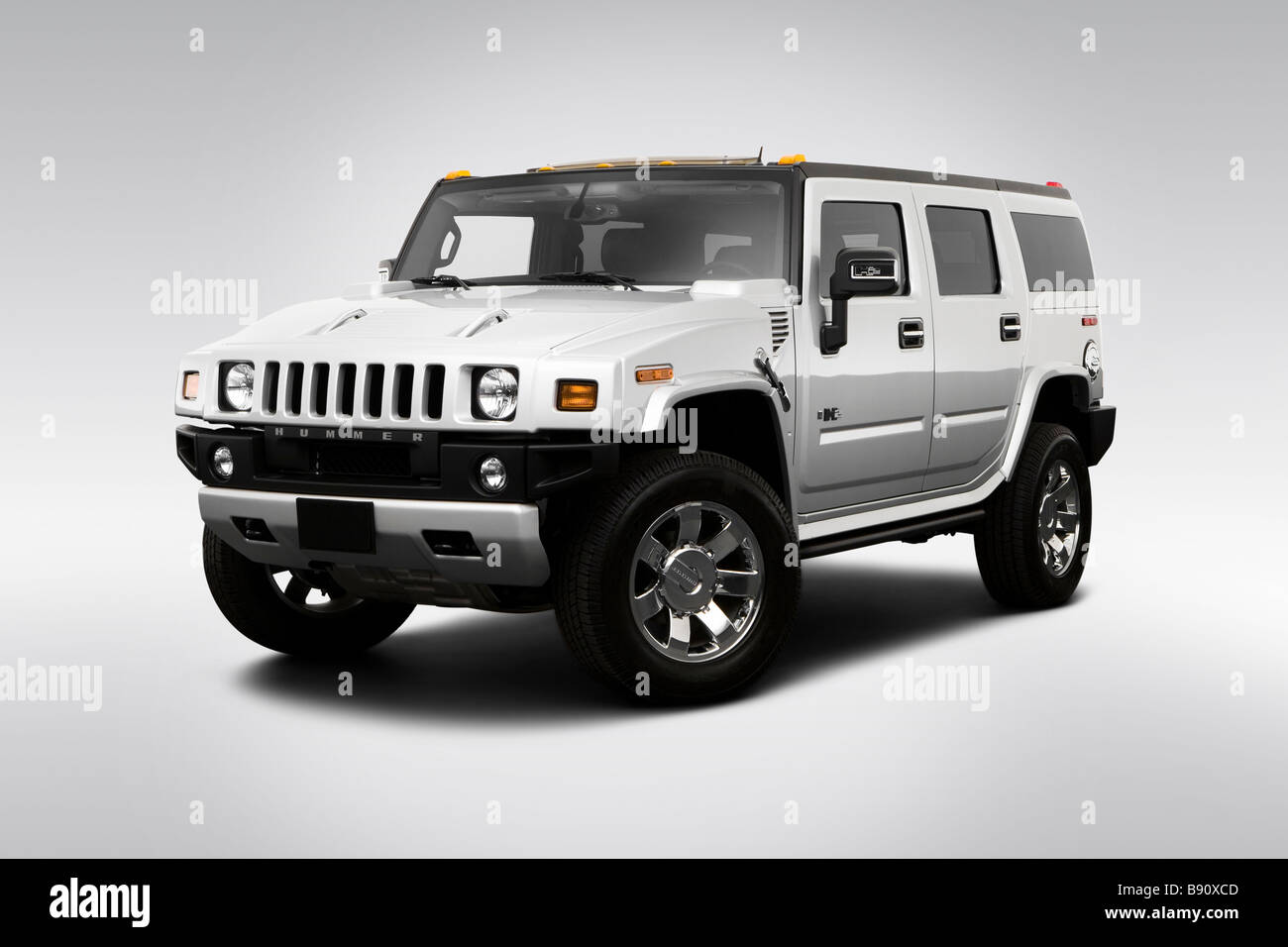 2009 Hummer H2 Limited Edition in Silver - Front angle view - Stock Image
