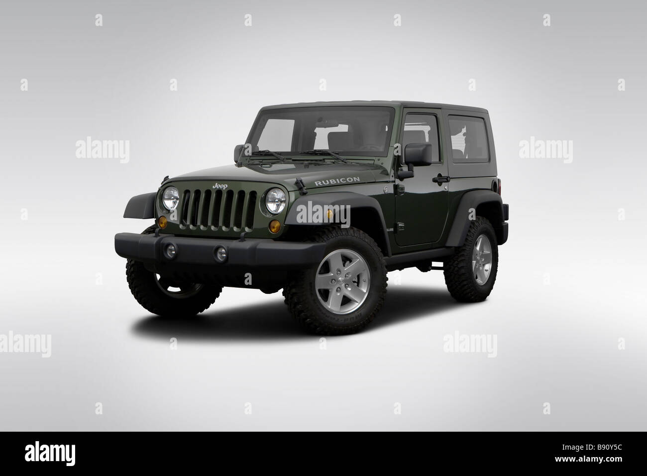 2009 Jeep Wrangler Rubicon in Green - Front angle view