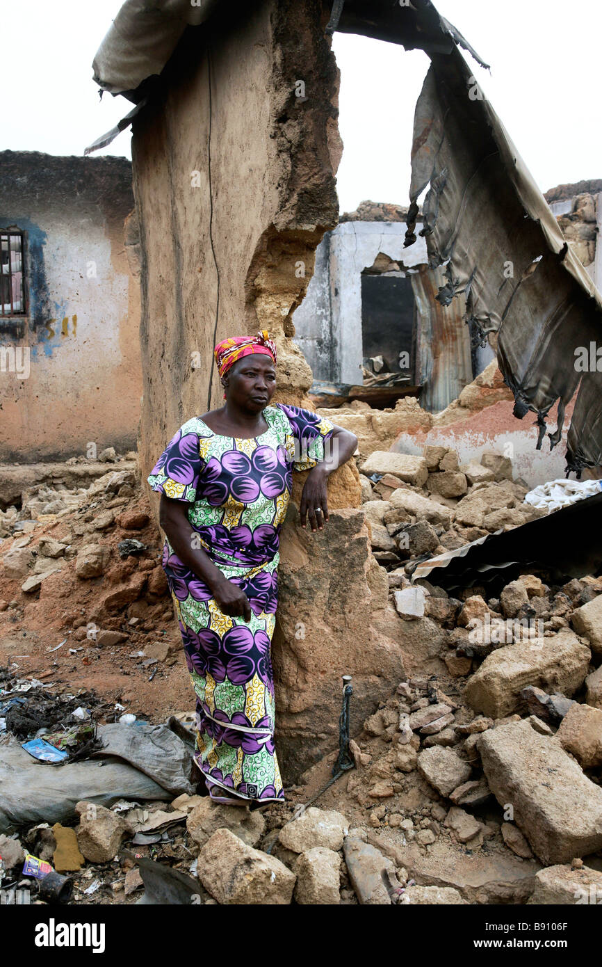 Nigeria: burnt and devastated houses in Jos, destroyed during the post-electoral violence in November 2008 - Stock Image