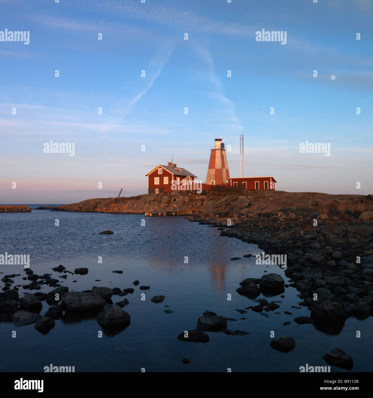 A lighthouse and houses Tjust archipelago Sweden. - Stock Image