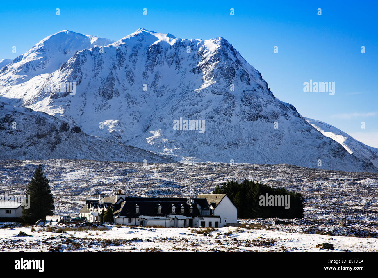 Creise and the Kings House Hotel in Winter, Rannoch Moor, Lochaber, Scotland. - Stock Image